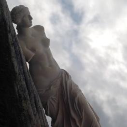 Aphrodite pose